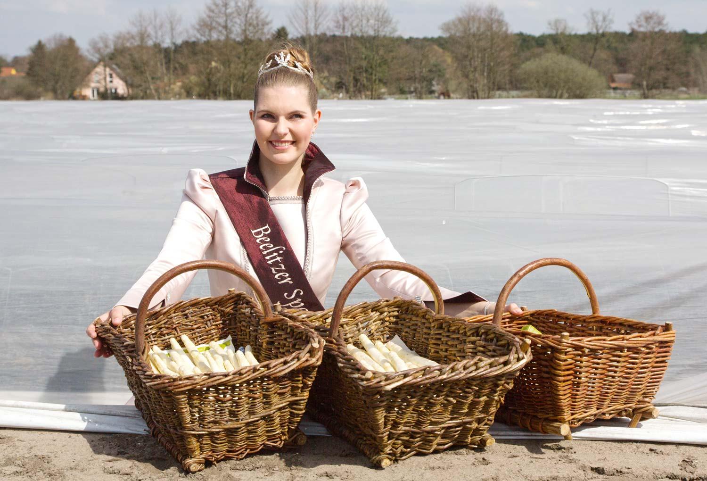 Spargelkönigin Lara Luisa Kramer