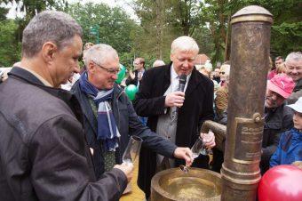 Fichtenwalde, Brunnen, Einweihung, Thilo Köhn, José Nuevo, Bernhard Knuth
