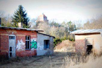 Beelitz, Bahnhof, Hinter den Gleisen, Freizeitpark