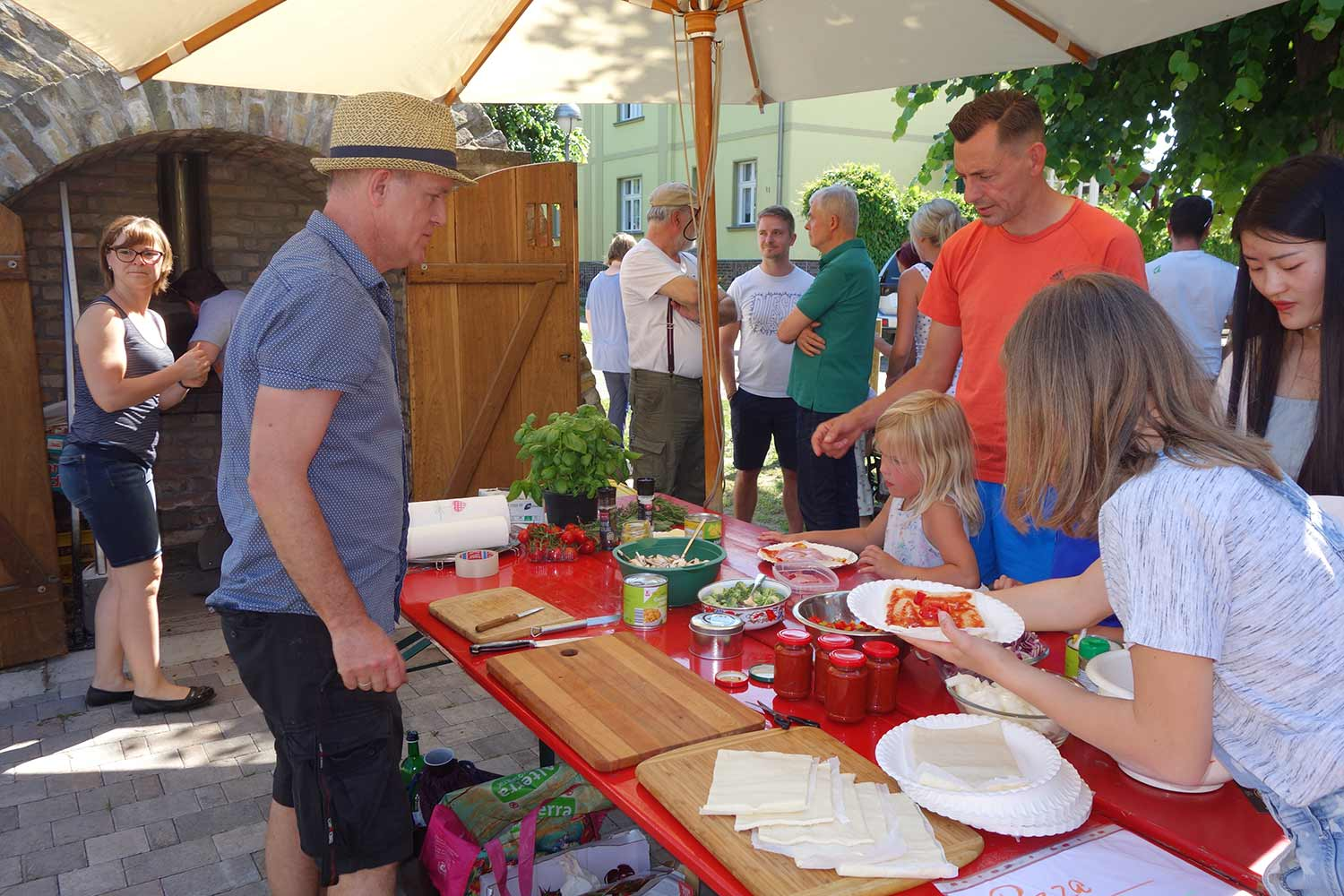 Groß Kreutz (Havel), Deetz, Pizzabacken, Backofen, Kindertag