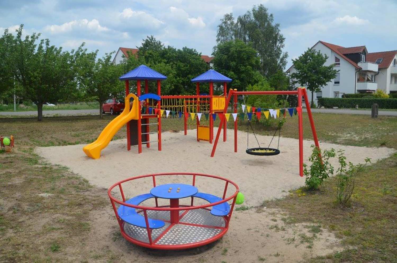 Spielplatz-Busendorf-01