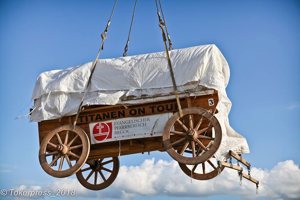 der Glockenwagen am Haken