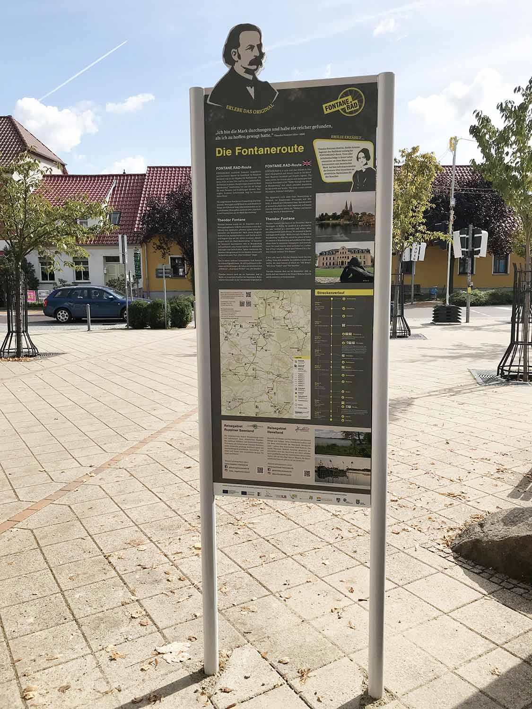 Lehnin, Stele, Fontane, Fontane-Radweg