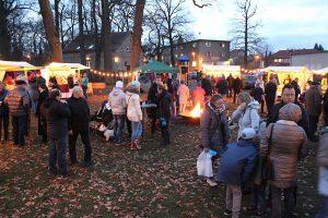 Kulturförderverein Groß Kreutz lädt zum Weihnachtssingen auf dem Adventsmarkt ein @ Strohhaus Groß Kreutz