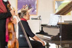 Alte Brücker Post, Gerade Frauen, Ilse Weber, Elke Uta Schepel (Piano & Rezitation)
