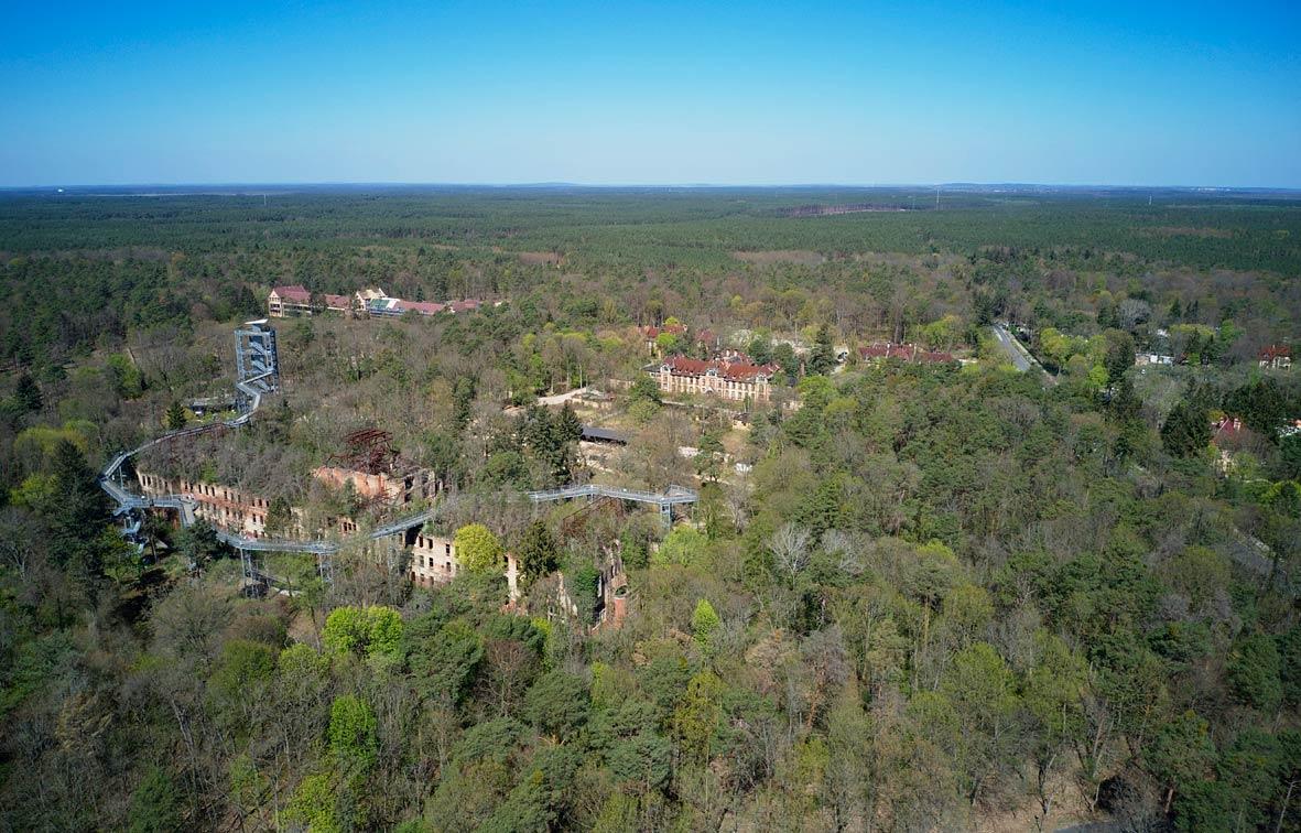 Baumkronenpfad, Alpenhaus, Beelitz-Heilstätten, Drohnenaufnahme