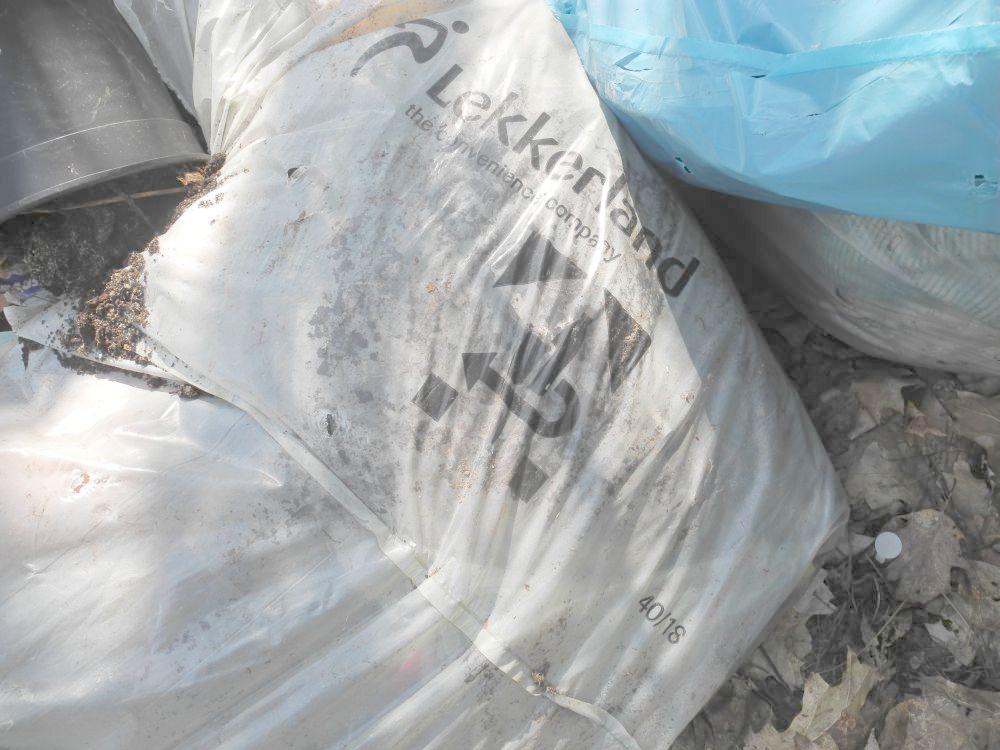 Hohenlobbese, Müll, Polizei