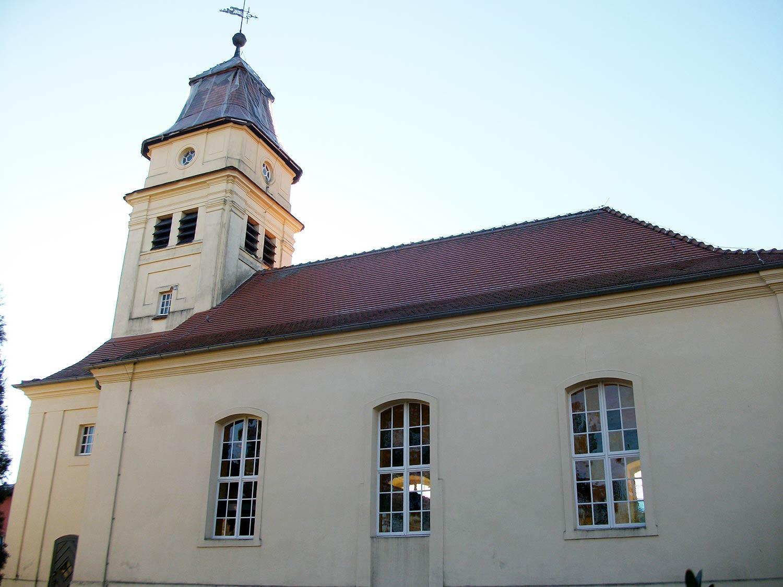 Rädel, Kirche