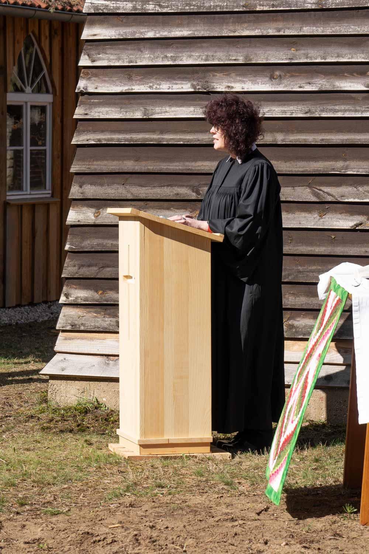 Pfarrerin Almuth Wisch, Borkwalde, Andacht, Waldkirche, Zukunftswald