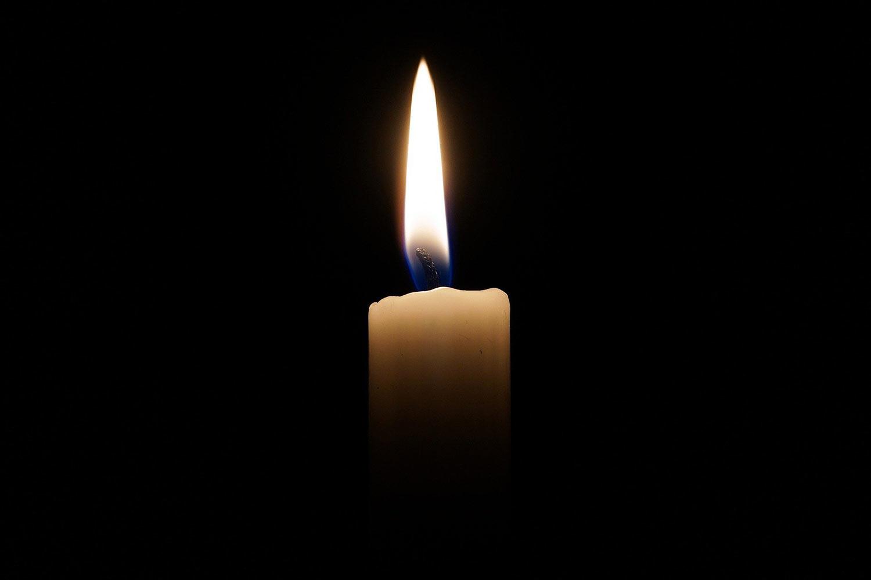 Brennende-Kerze