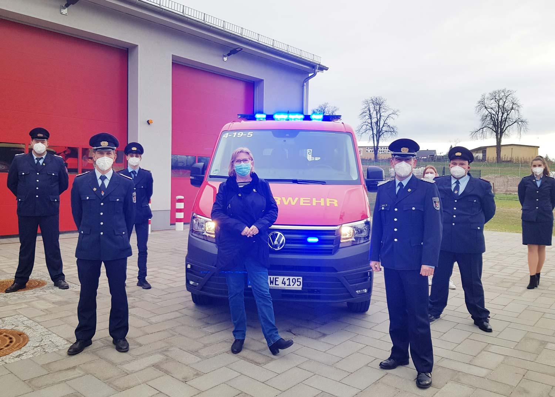 Feuerwehr-Plessow-Mannschaftswagen